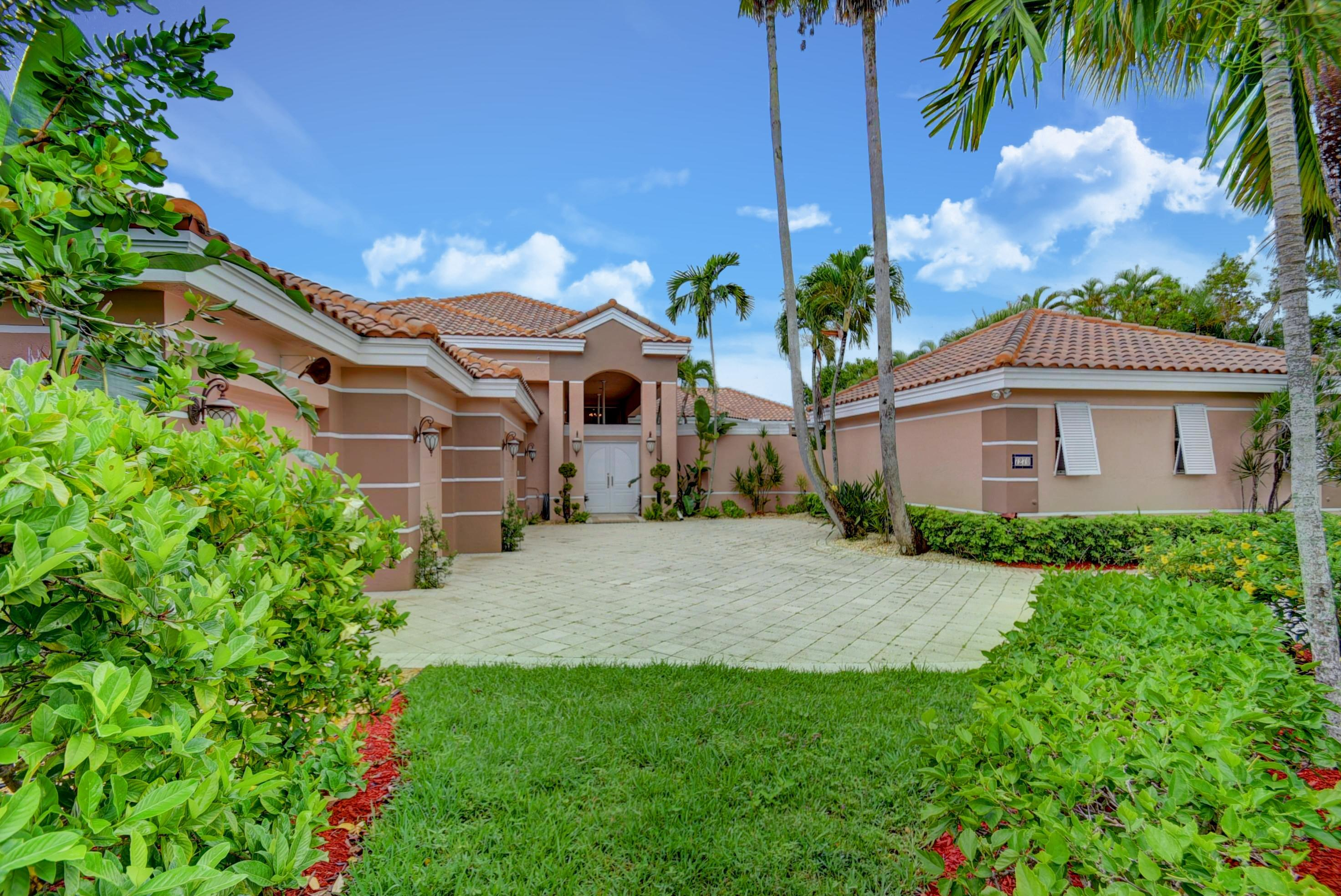 Photo of home for sale at 7270 Sidonia Court, Boca Raton FL