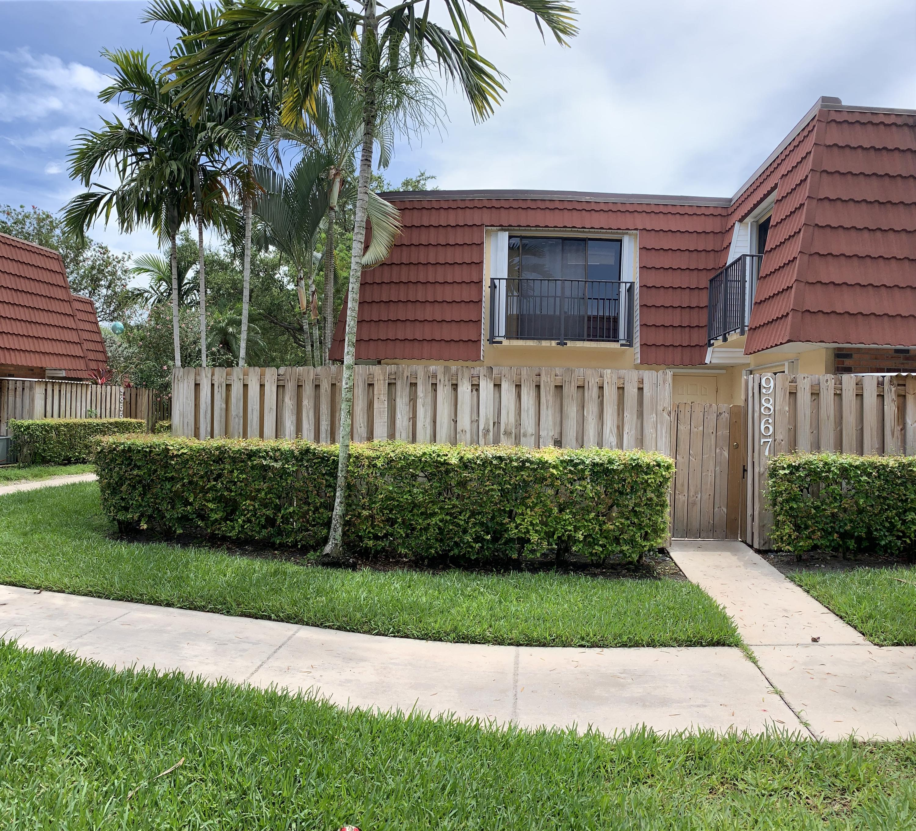 Photo of home for sale at 9867 6th Court NW, Plantation FL