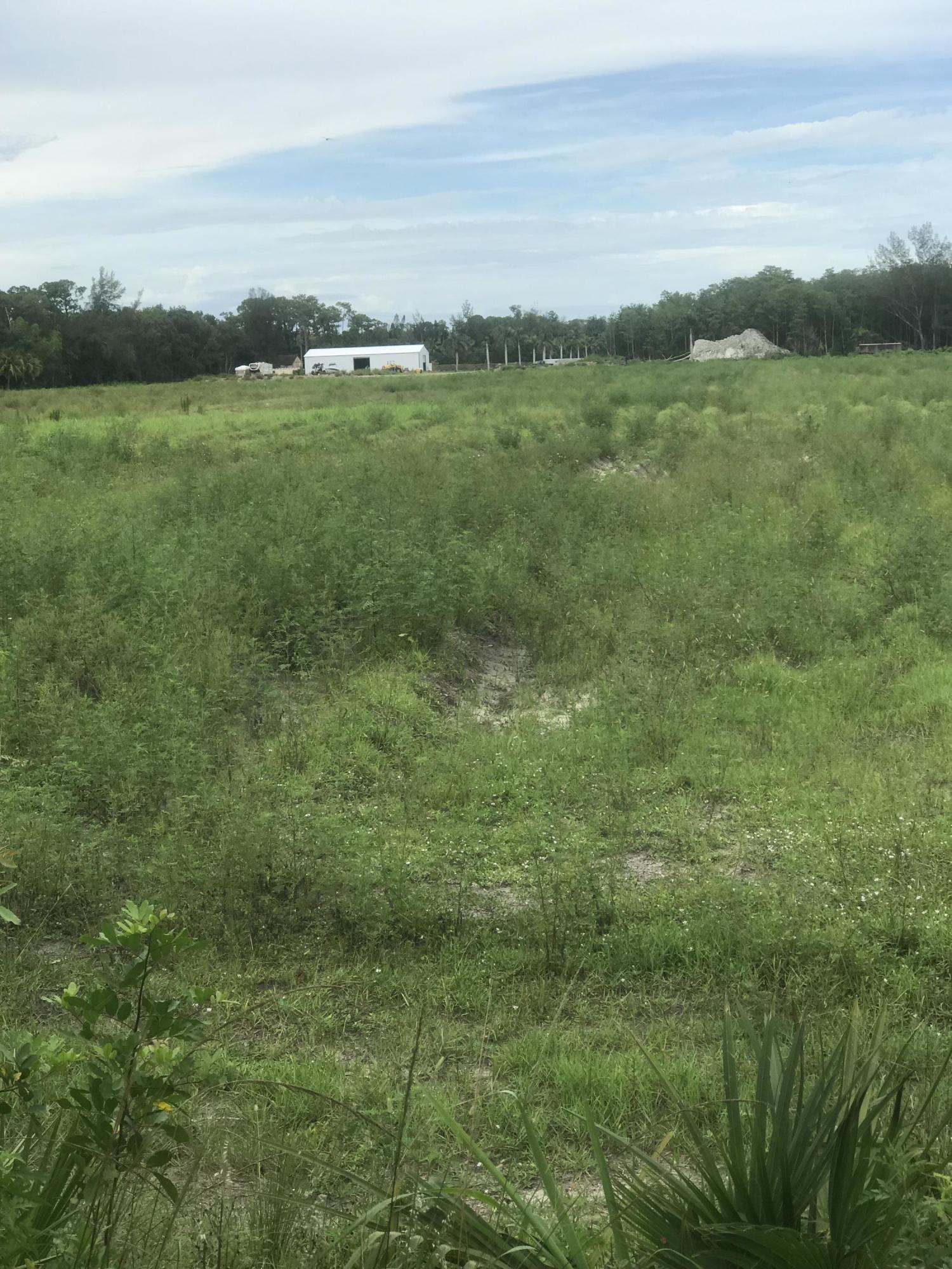 Photo of home for sale at Xxx E Rd, Loxahatchee Groves FL