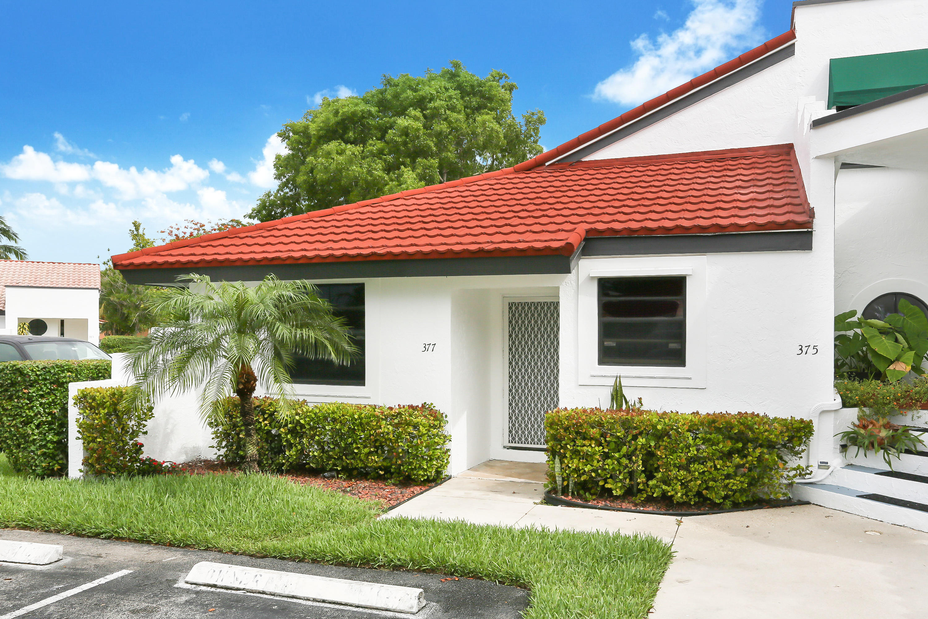 Photo of home for sale at 377 36th Avenue NW, Deerfield Beach FL