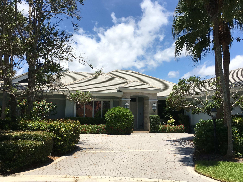 Photo of home for sale at 3196 South Bay Circle, Jupiter FL