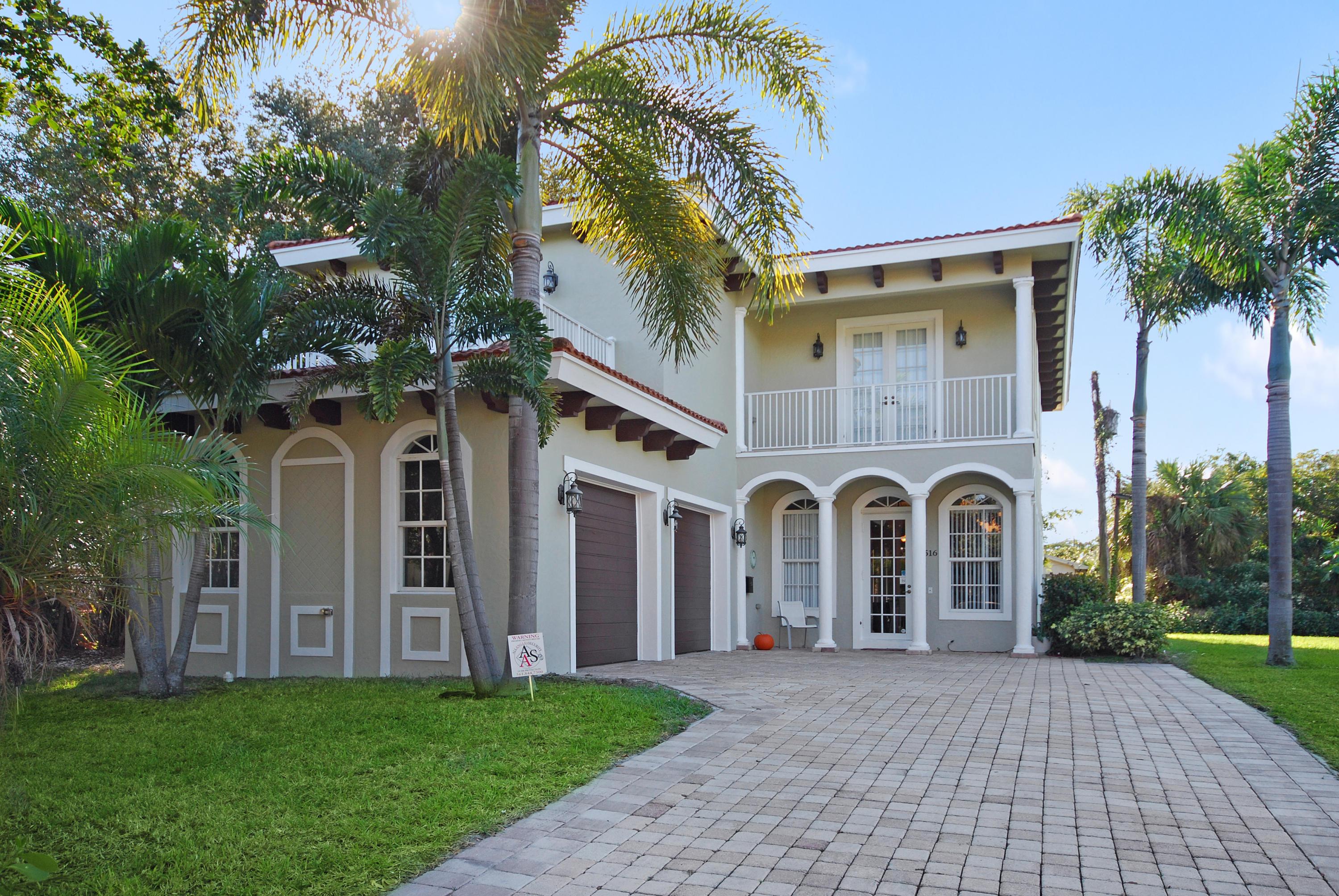 Photo of home for sale at 516 Flamingo Drive, West Palm Beach FL
