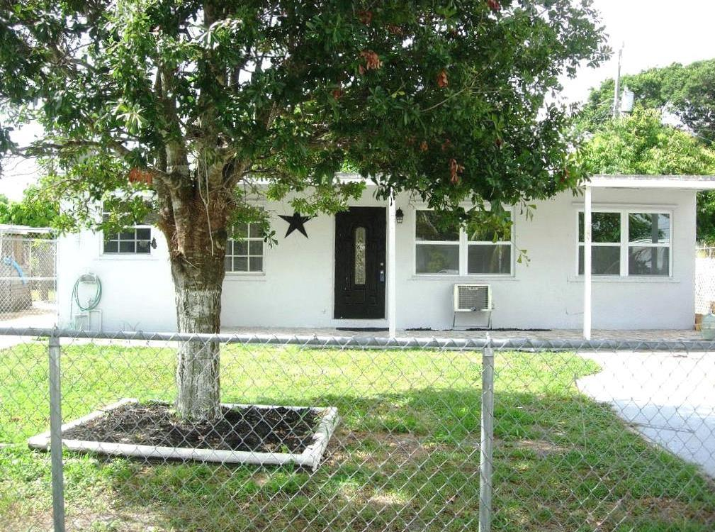 Home for sale in San Castle Lantana Florida