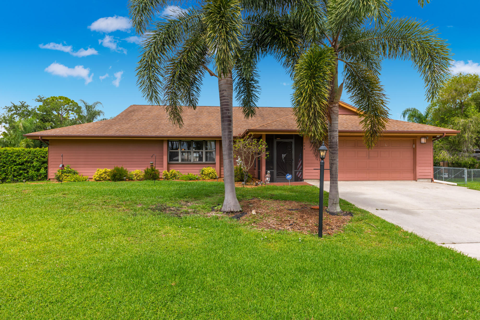 684 SW Woodside Drive, Palm City, Florida