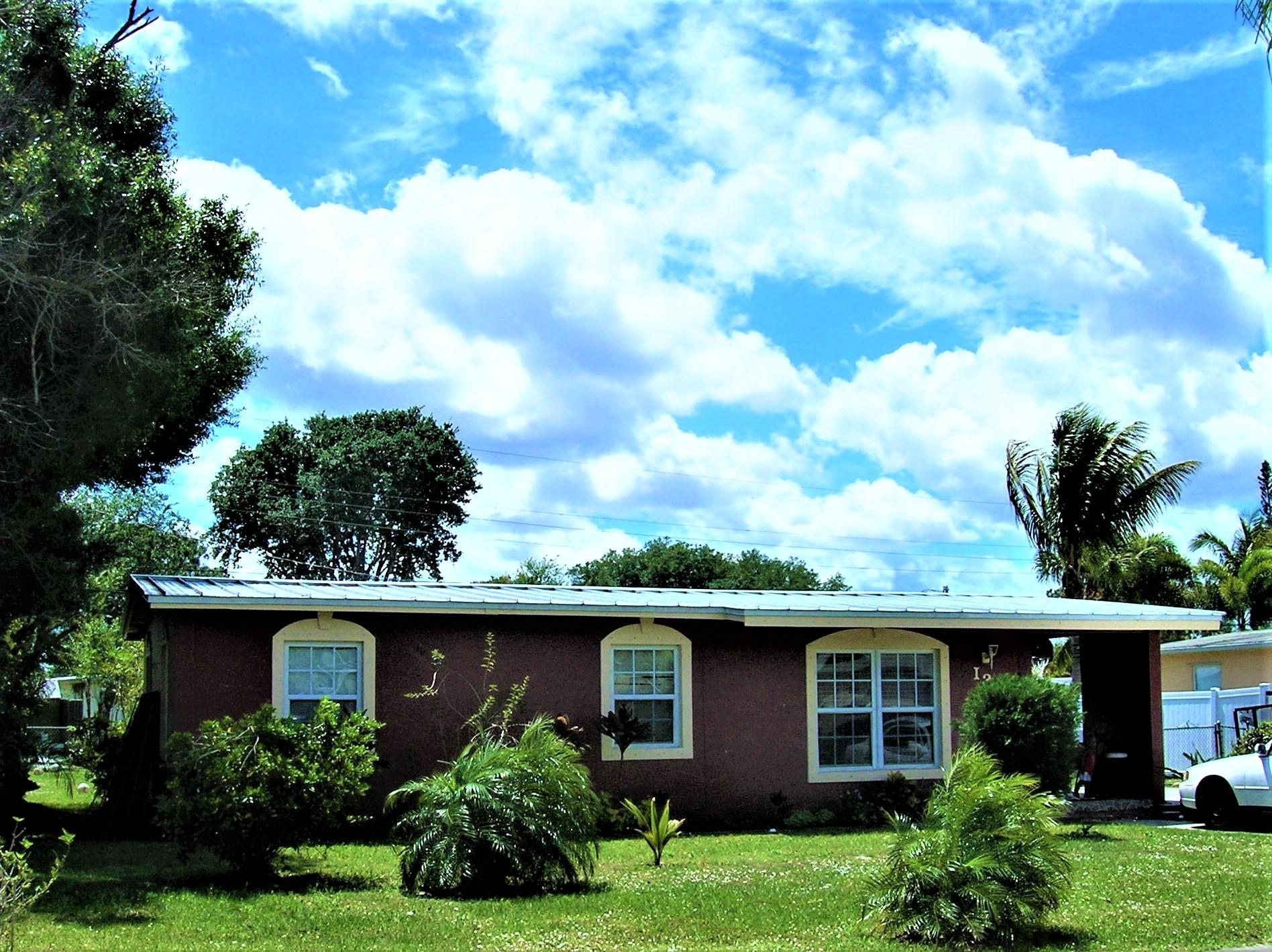 130 SE Serenata Court Fort Pierce, FL 34983 photo 2