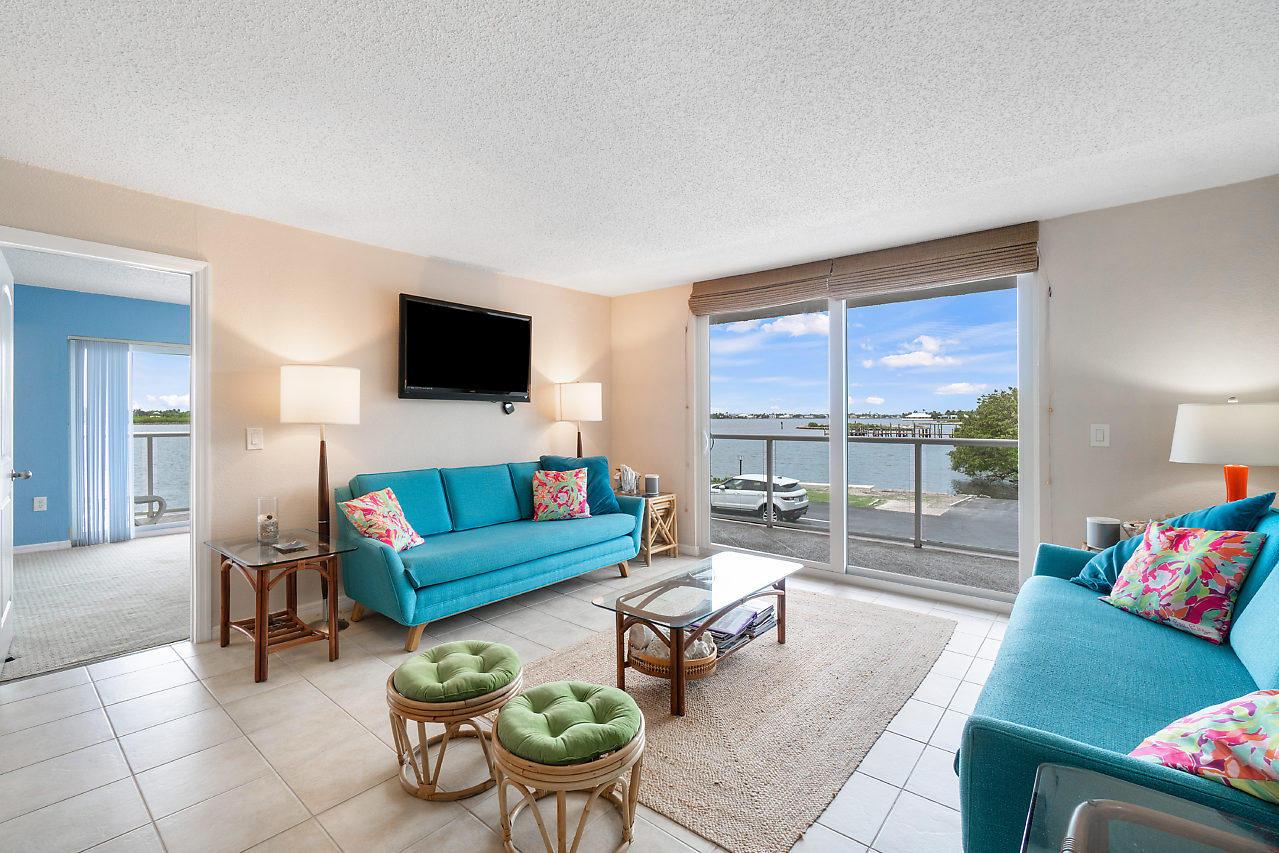 2560 S Ocean Boulevard 202 Palm Beach, FL 33480 photo 8