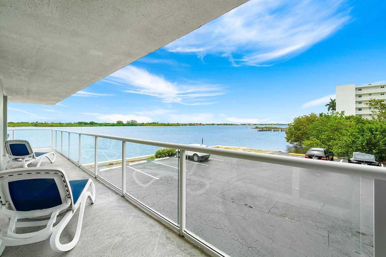 2560 S Ocean Boulevard 202 Palm Beach, FL 33480 photo 22