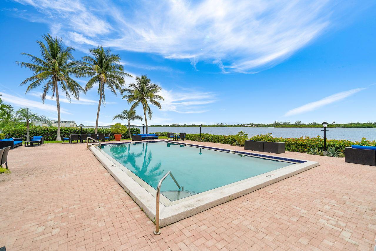 2560 S Ocean Boulevard 202 Palm Beach, FL 33480 photo 28