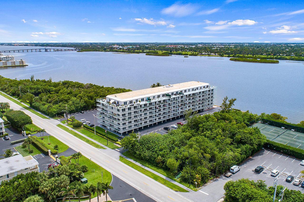 2560 S Ocean Boulevard 202 Palm Beach, FL 33480 photo 35