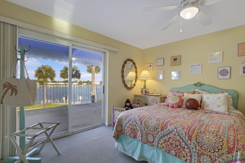 HIDDEN KEY NORTH PALM BEACH FLORIDA