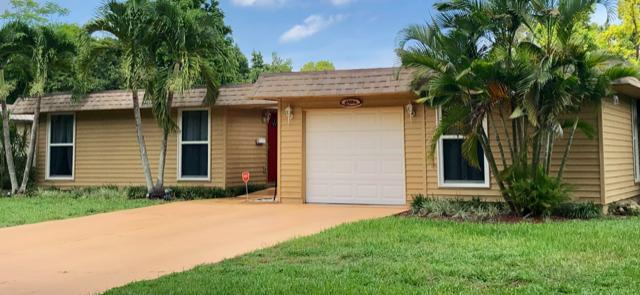 Home for sale in MAINLANDS OF TAMARAC LAKE Tamarac Florida