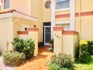 7402 Lake Meadow Way Boynton Beach 33437 - photo
