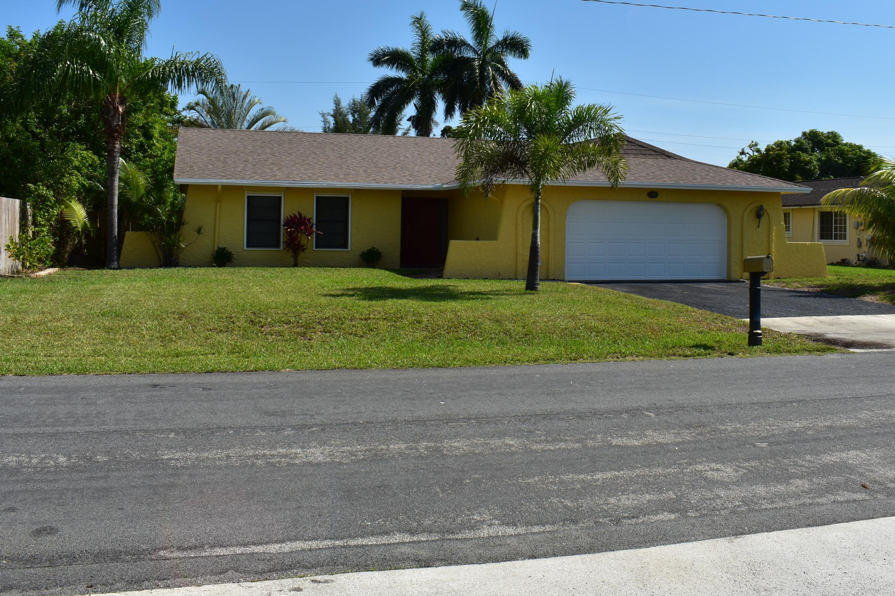 159 SE 26th Avenue Boynton Beach, FL 33435