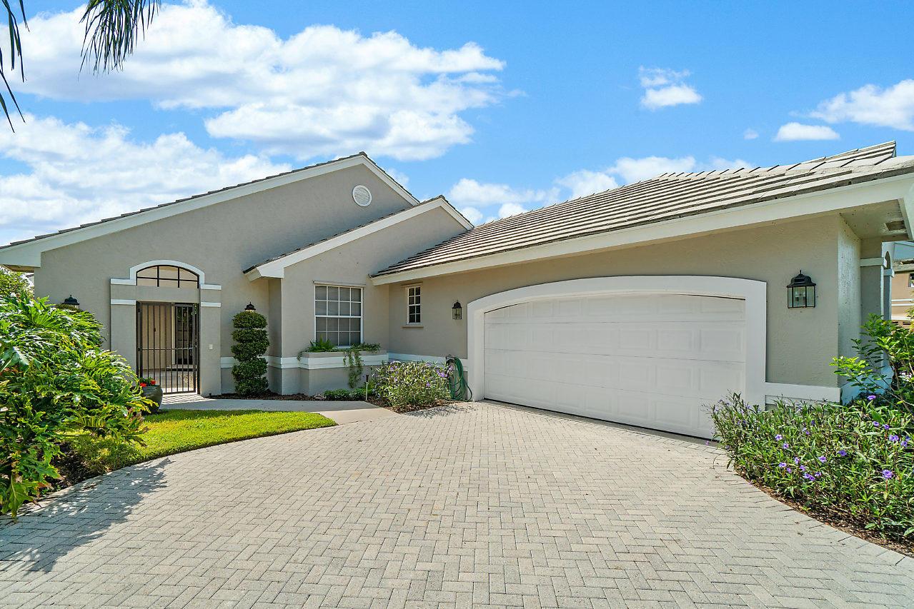 8278 Bob O Link Drive West Palm Beach, FL 33412