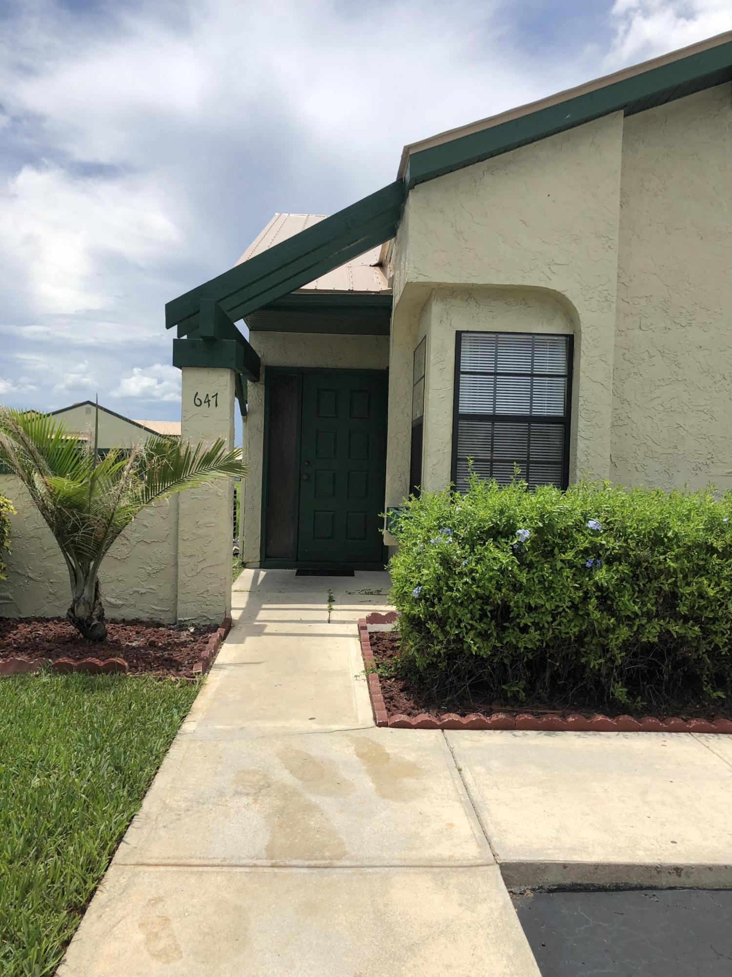 647 SW Veronica Avenue, Port Saint Lucie, Florida
