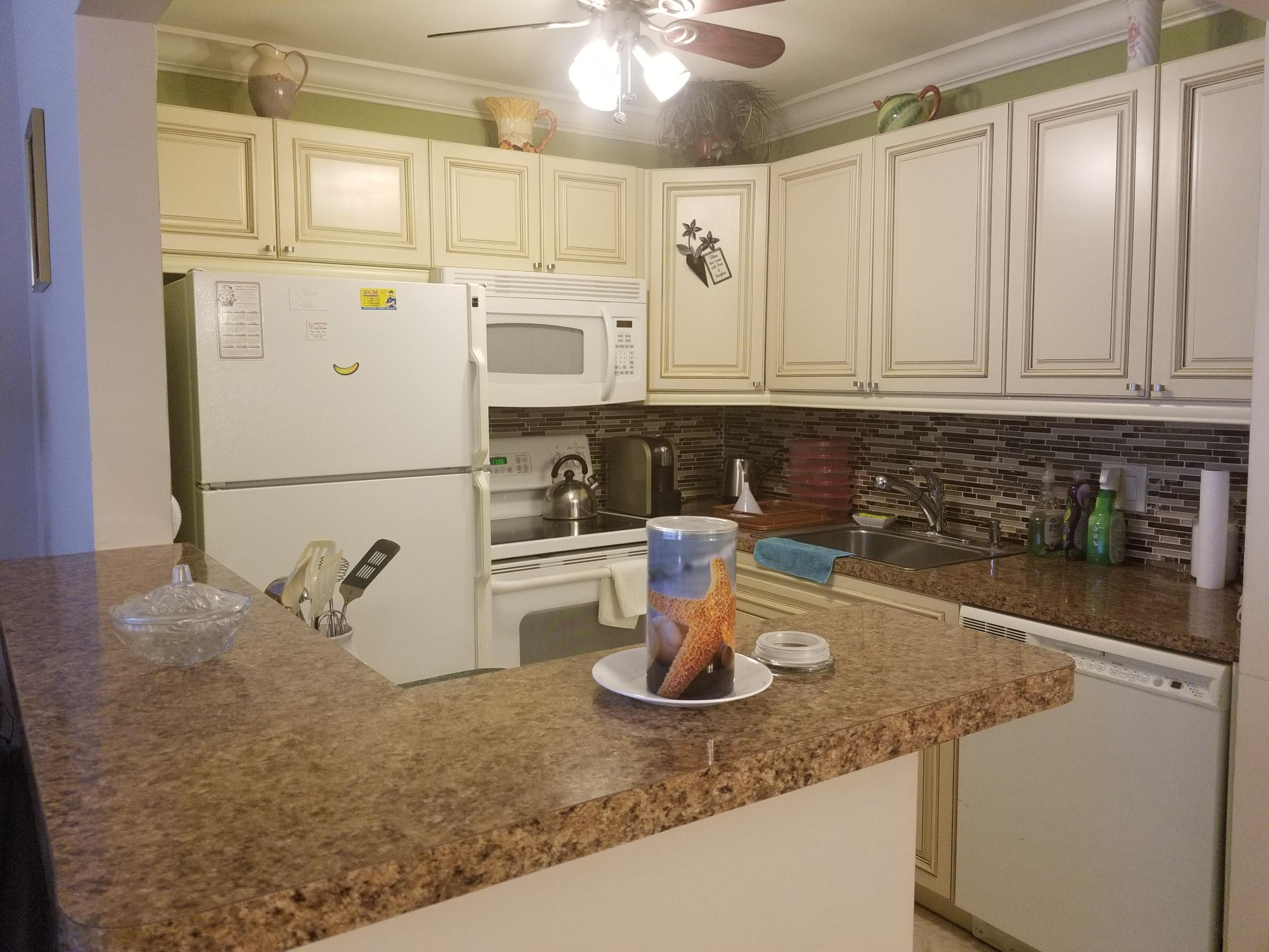 247 Southampton C, West Palm Beach, Florida 33417, 1 Bedroom Bedrooms, ,1 BathroomBathrooms,Residential,For Sale,Southampton C,RX-10538739