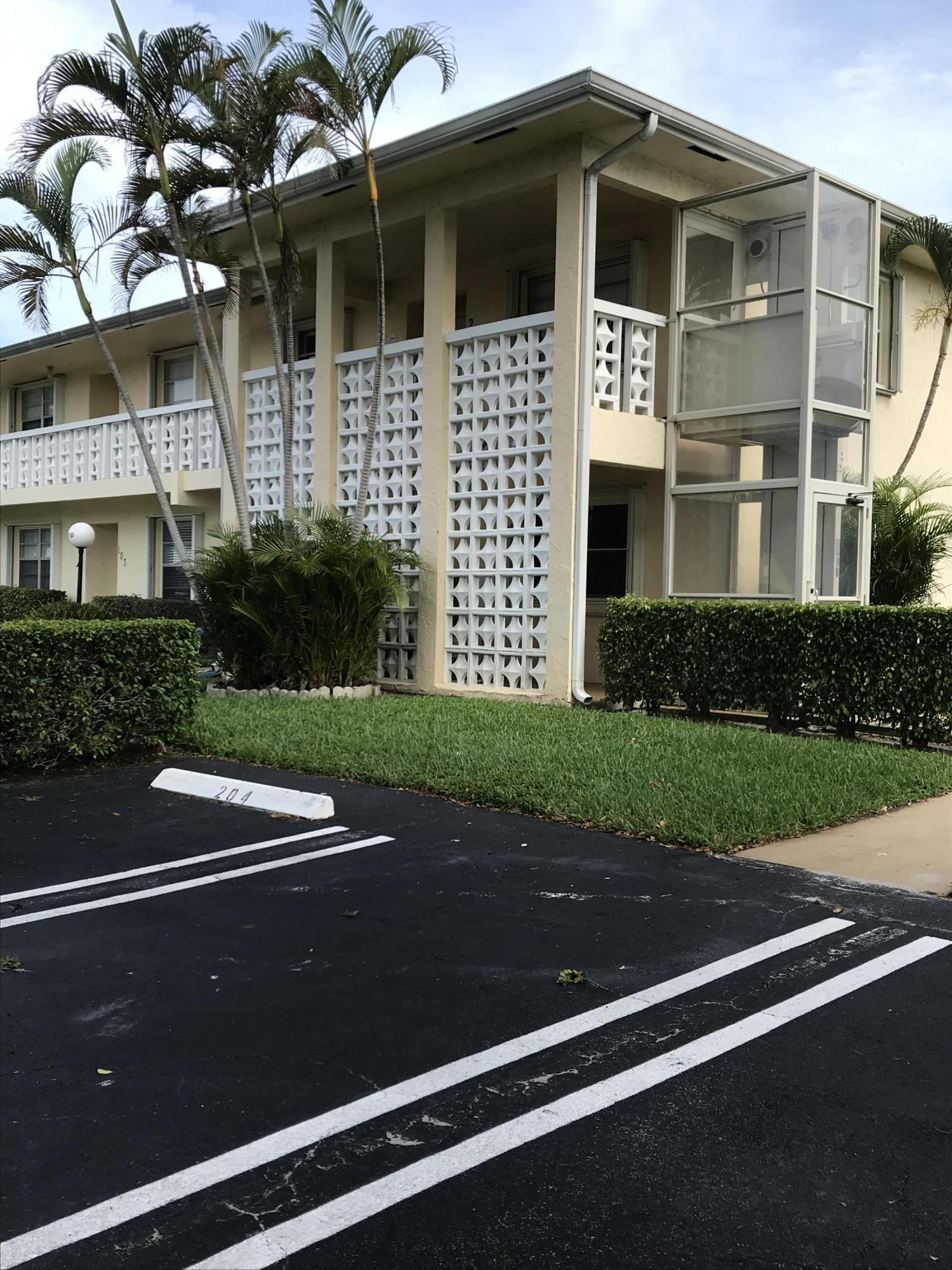 Home for sale in PINES OF DELRAY NORTH CONDO Delray Beach Florida