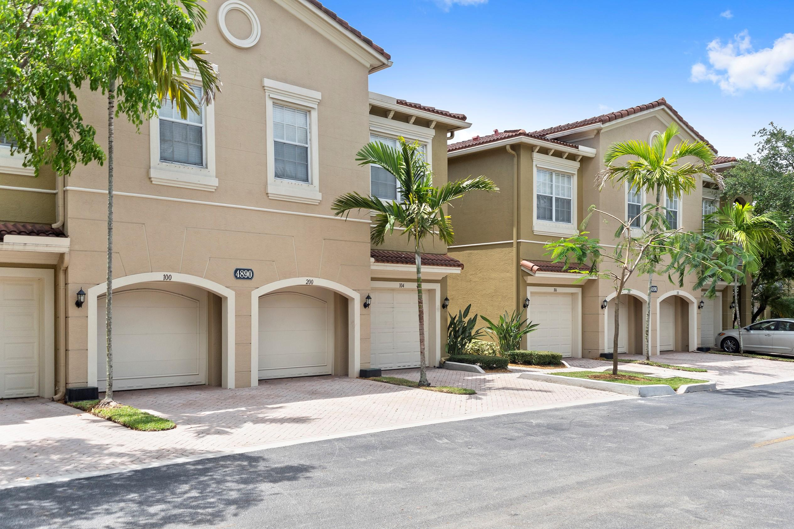Home for sale in LEGENDS AT THE GARDENS CONDO Palm Beach Gardens Florida