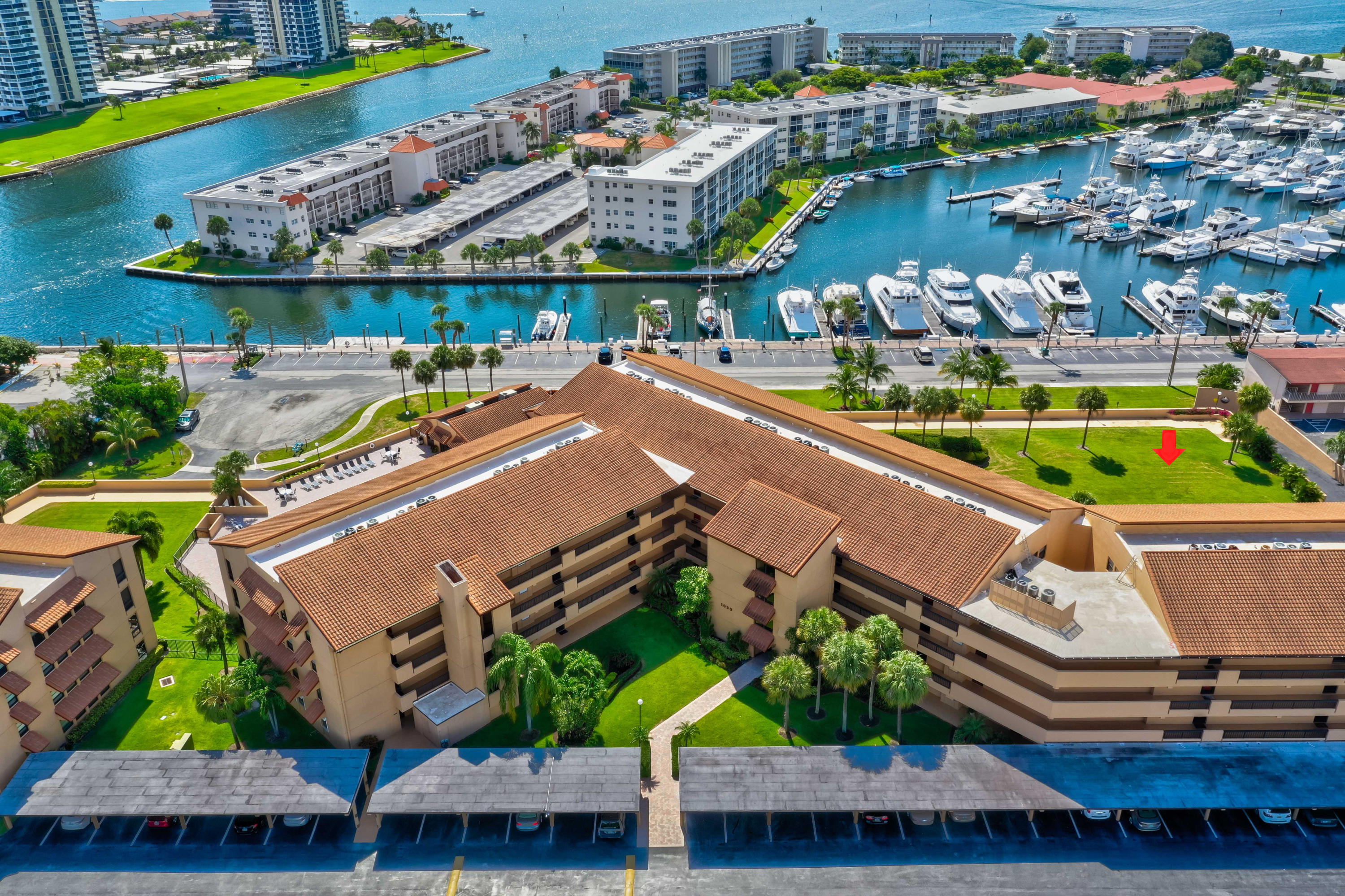 1030 Us Highway 1 202, North Palm Beach, Florida 33408, 2 Bedrooms Bedrooms, ,2 BathroomsBathrooms,A,Condominium,Us Highway 1,RX-10538868