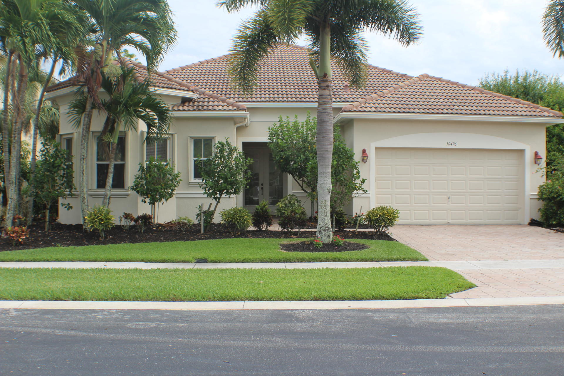 10496 Fishpond Court  Wellington FL 33414