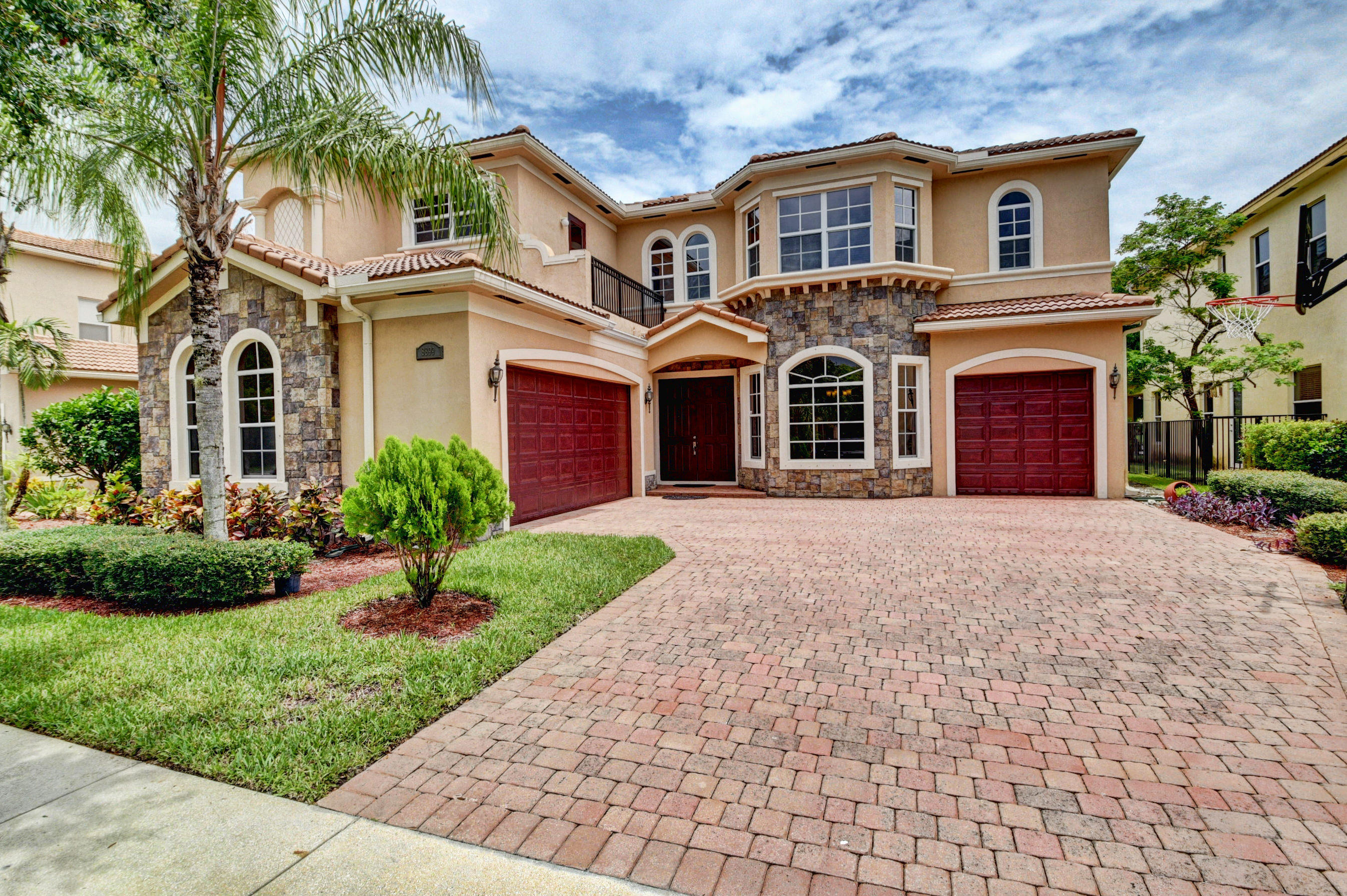 8899 Cobblestone Point Circle Boynton Beach, FL 33472