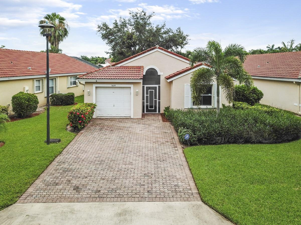 5659 Green Island Boulevard Lake Worth, FL 33463