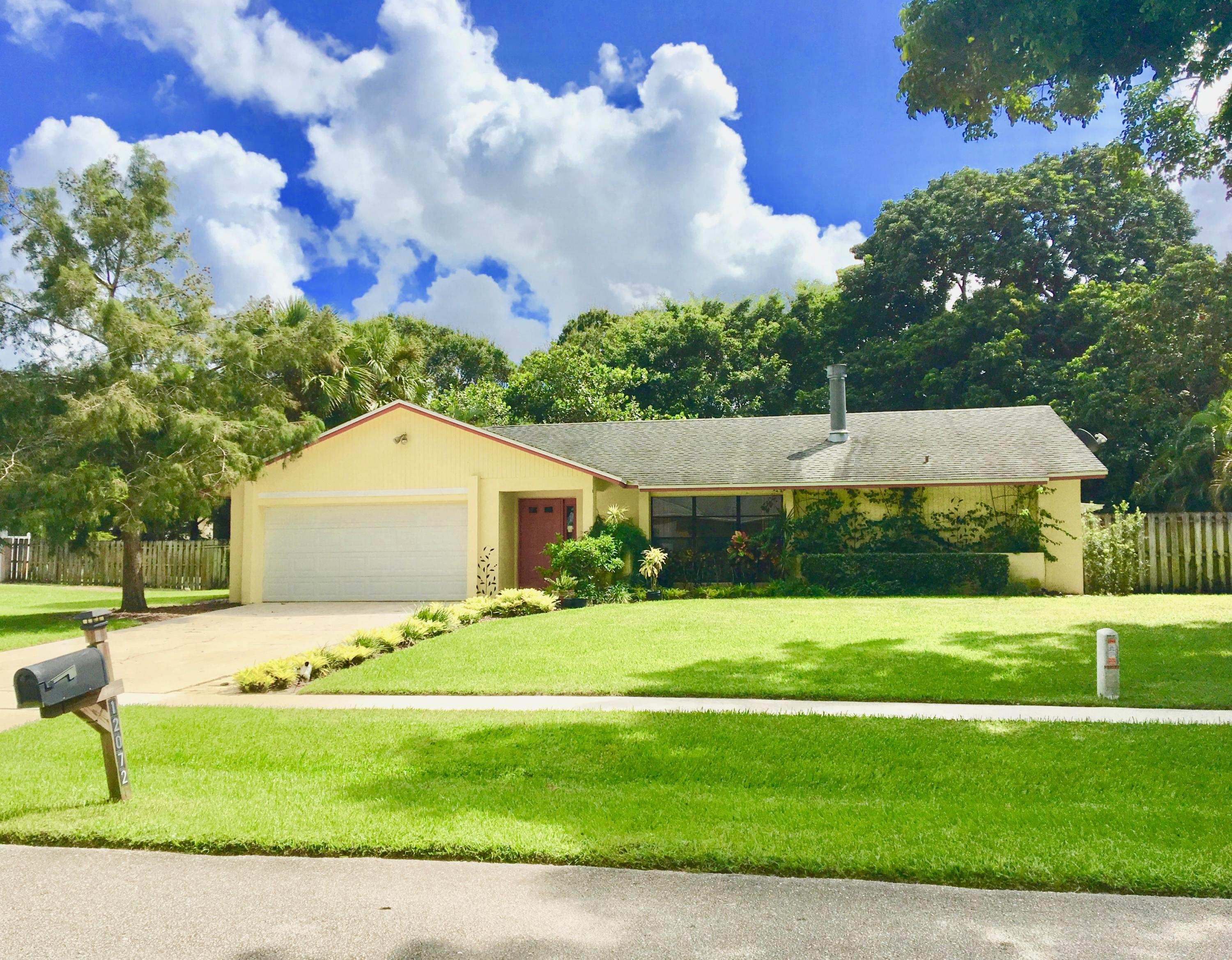 12072 S Old Country Road Wellington, FL 33414