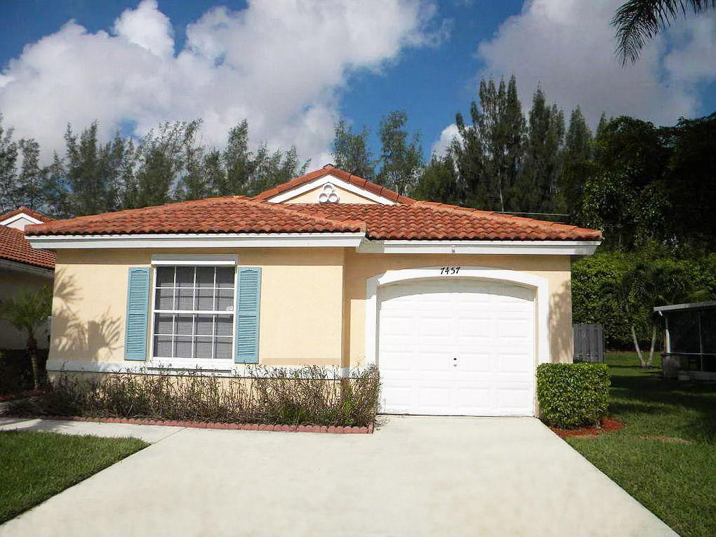 Home for sale in Lake Charleston   Misty Cay Lake Worth Florida