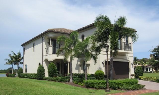 673 SE Fascino Circle, Port Saint Lucie, Florida
