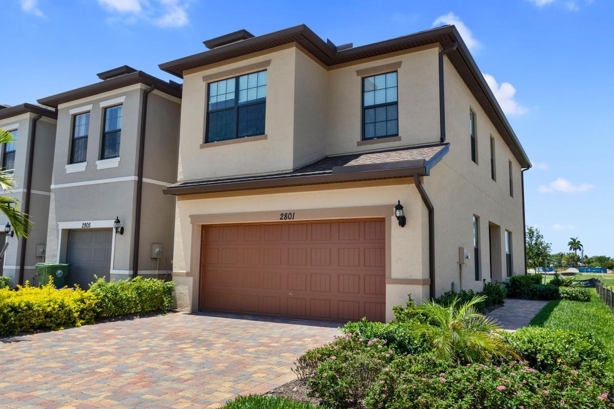Home for sale in Preston Square Palm Springs Florida