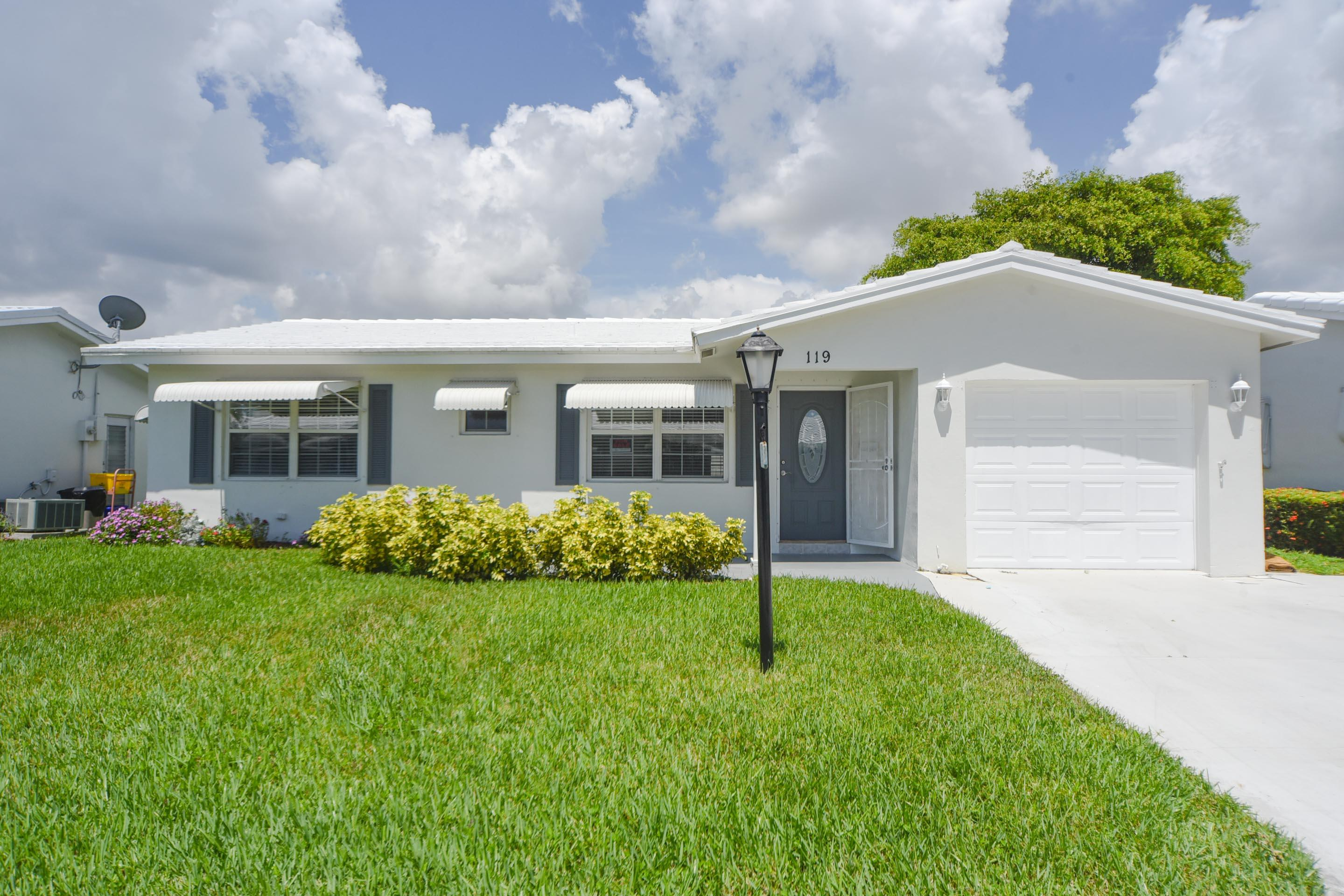 Home for sale in Leiserville Boynton Beach Florida