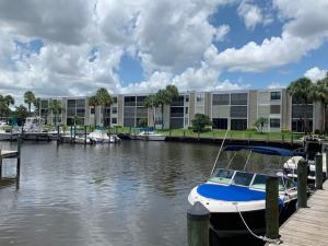 Circle Bay Yacht Club Condo I, Ii, Iii