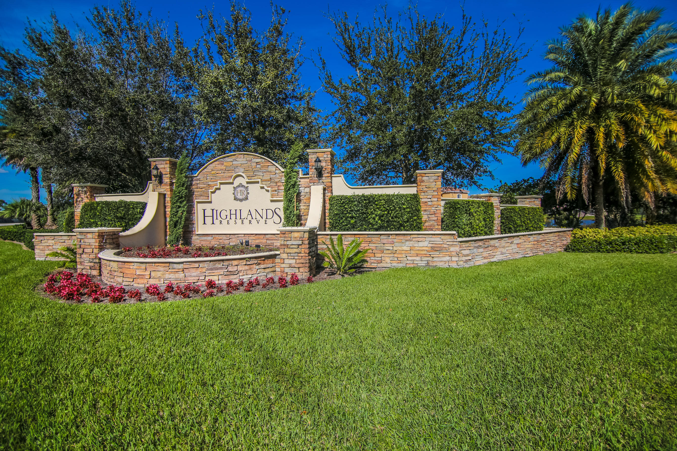 HIGHLANDS RESERVE PALM CITY REAL ESTATE