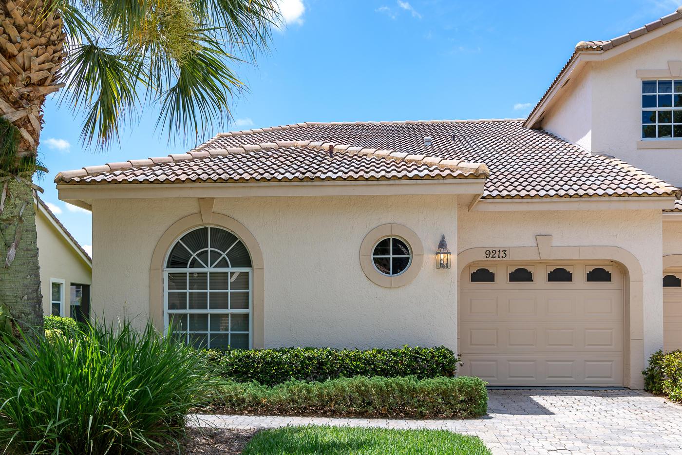 9213  Wentworth Lane, Port Saint Lucie, Florida
