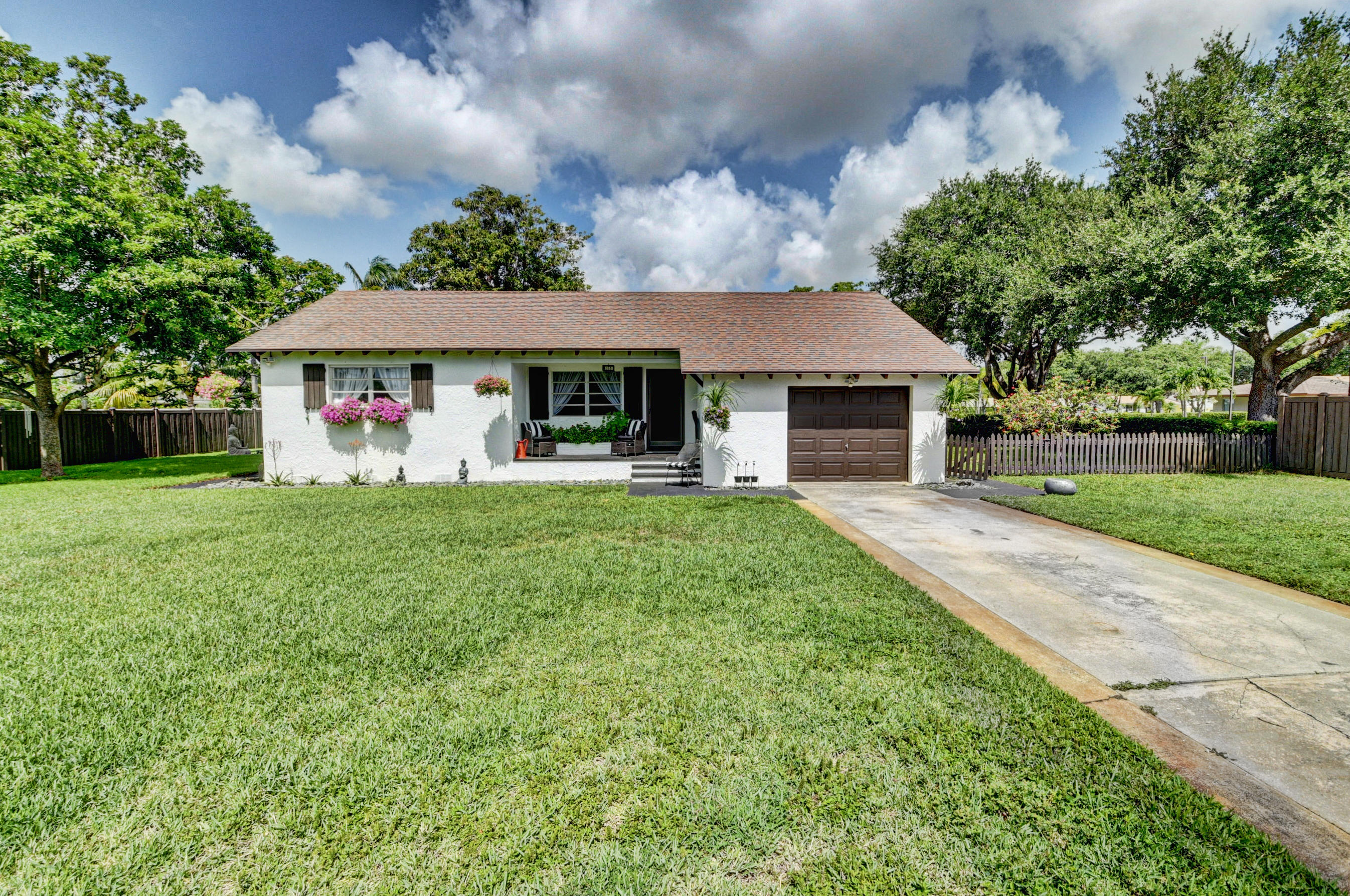 1906 N Swinton Avenue  Delray Beach, FL 33444