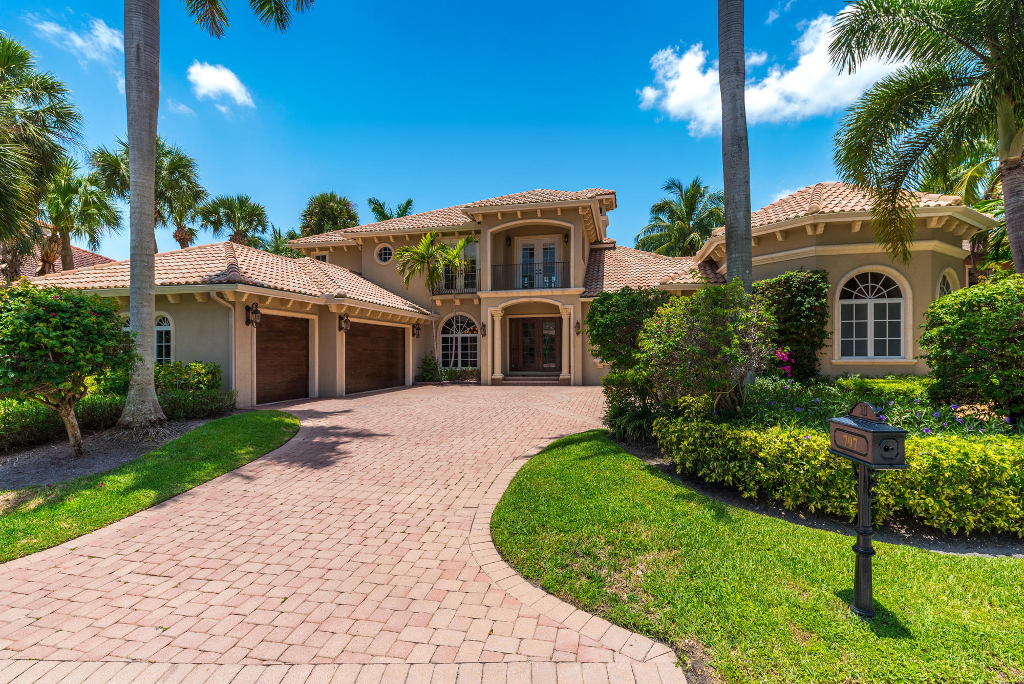 797 Harbour Isles Place, North Palm Beach, Florida 33410, 4 Bedrooms Bedrooms, ,4 BathroomsBathrooms,A,Single family,Harbour Isles,RX-10540936
