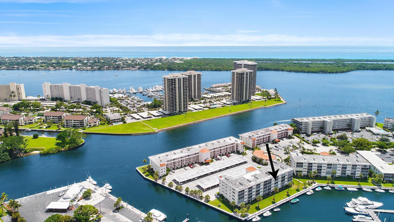 21 Yacht Club Drive 403, North Palm Beach, Florida 33408, 2 Bedrooms Bedrooms, ,2 BathroomsBathrooms,A,Condominium,Yacht Club,RX-10540422