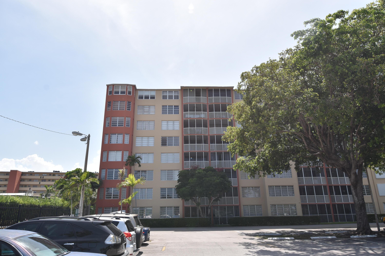 1780 191st St 814-2, Miami, FL, 33179