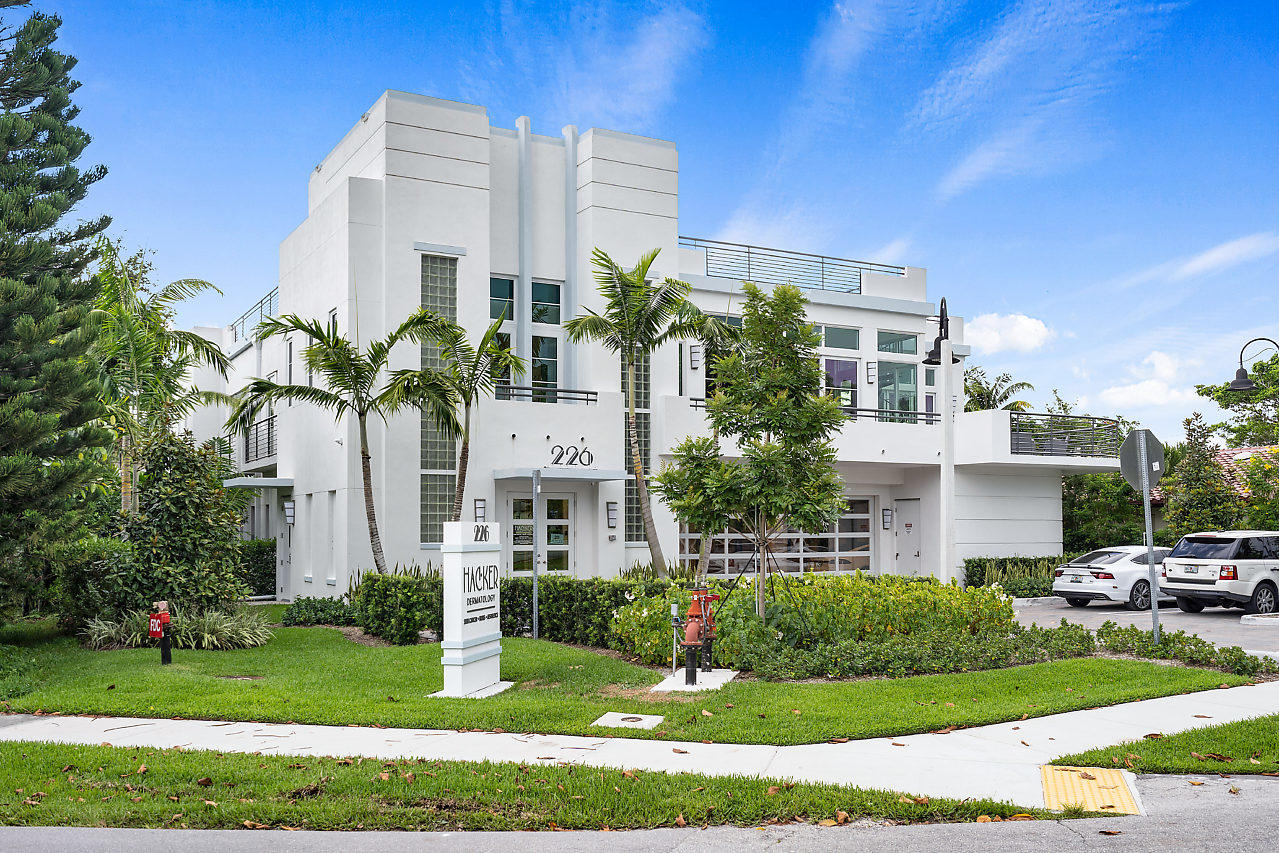 226 Palm Court, Delray Beach, Florida 33444, 4 Bedrooms Bedrooms, ,3.4 BathroomsBathrooms,Single Family Detached,For Sale,Palm,RX-10542194