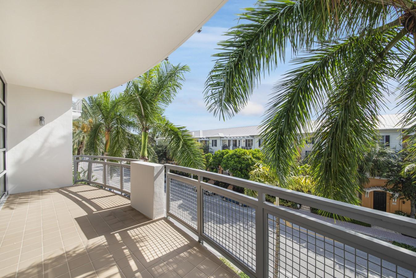 365 SE 6th Avenue 308 Delray Beach, FL 33483 photo 18