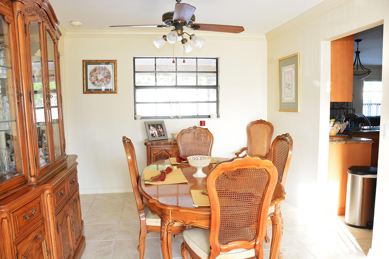 261 Las Palmas Street Royal Palm Beach, FL 33411 photo 9