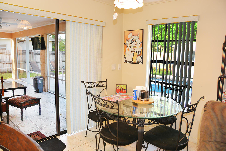 261 Las Palmas Street Royal Palm Beach, FL 33411 photo 10