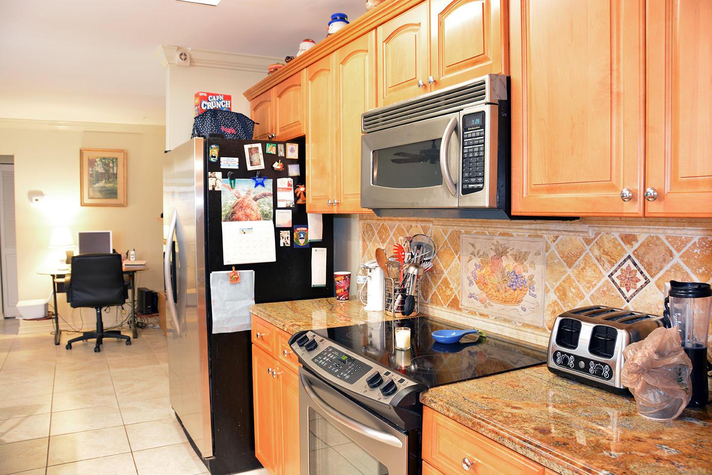 261 Las Palmas Street Royal Palm Beach, FL 33411 photo 15