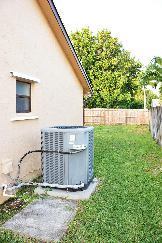 261 Las Palmas Street Royal Palm Beach, FL 33411 photo 39