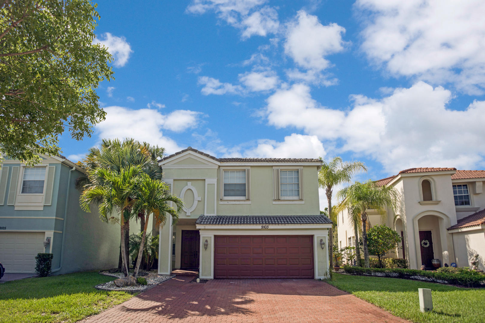 9103 Dupont Place Wellington, FL 33414