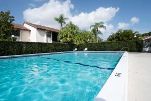 Boca Palms Cond I