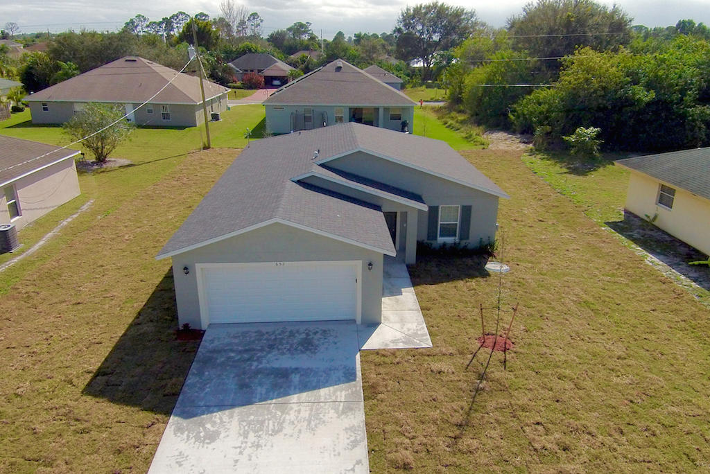 Photo of 1018 SW Coleman Avenue, Port Saint Lucie, FL 34953
