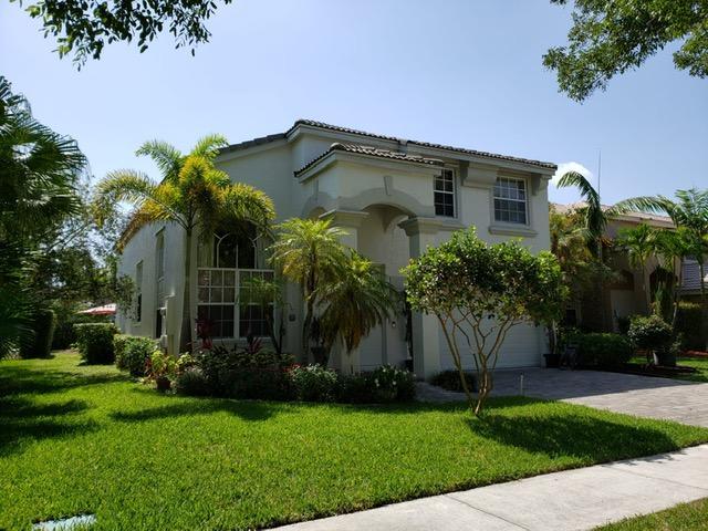 2138 Reston Circle Royal Palm Beach, FL 33411