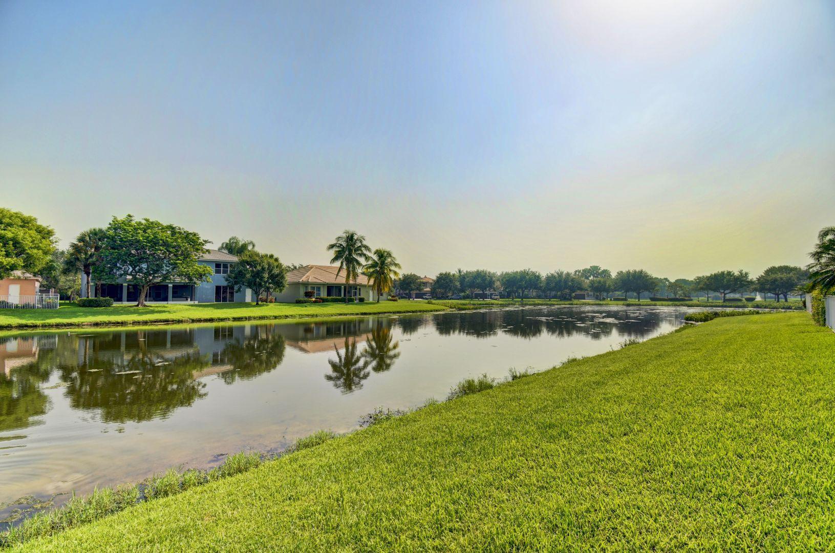 SAVANNAH ESTATES LAKE WORTH