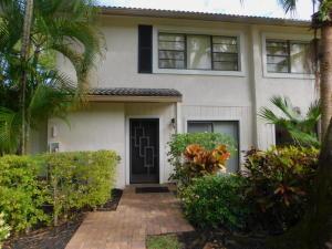 4  Westgate Lane 4b For Sale 10547012, FL